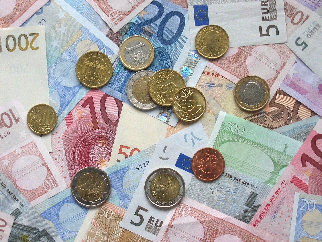 Haftungsdach für Finanzanlagenvermittler – eine gute Alternative zum Sachkundenachweis?